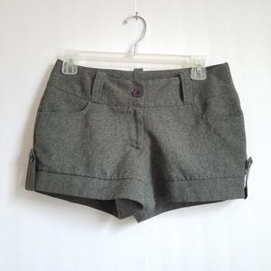 CHARLOTTE RUSSE SHORT GRAY SIZE 3